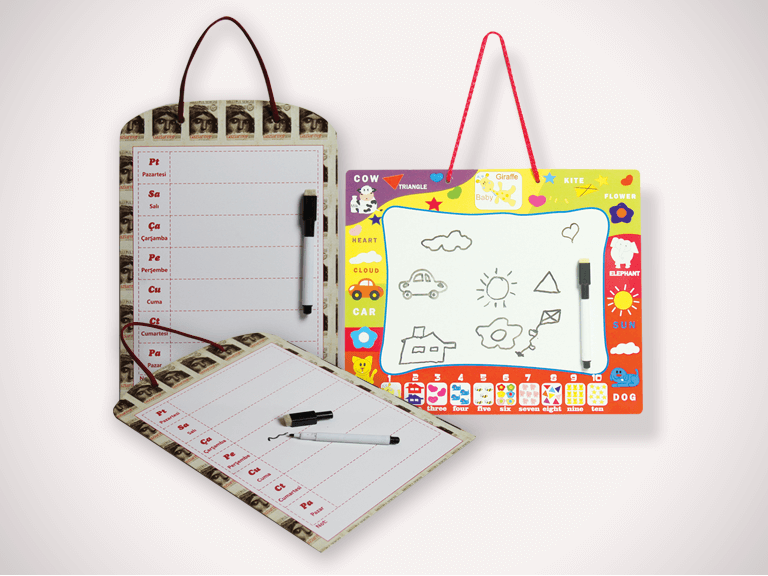 Multiplex Magnetic Board with rope